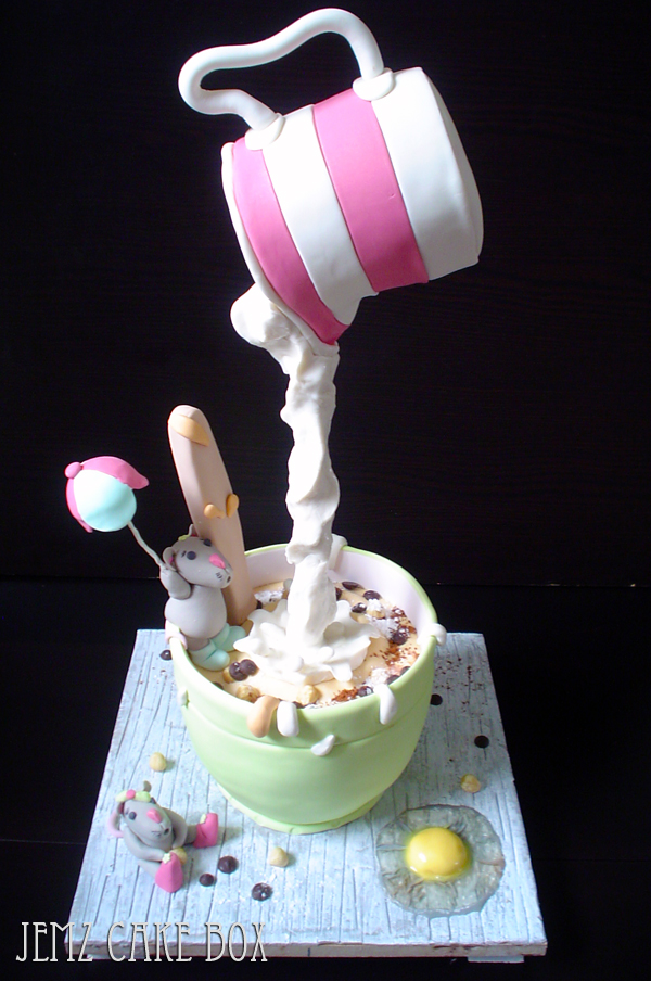 novelty cakes pictures