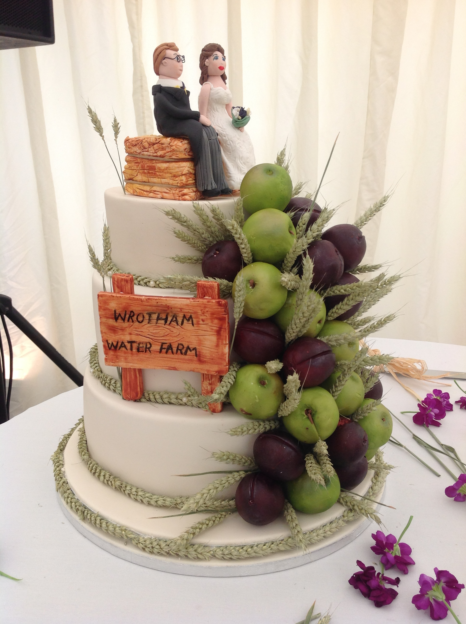 Another Wedding Cake Story A Farmer Dream Jemz Cake Box
