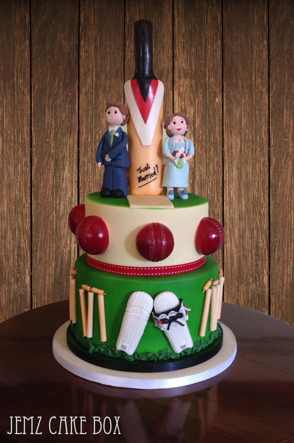 Cricket Themed Cake Images